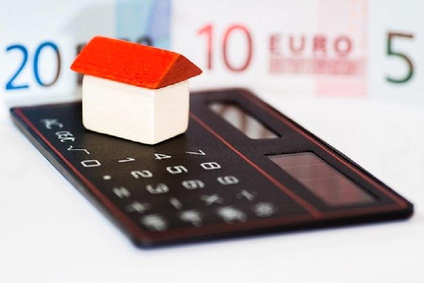 היתרונות במשכנתא הפוכה מחברת ביטוח לעומת בנק